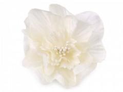 Rózsa kitűző gyöngyökkel - Ecru