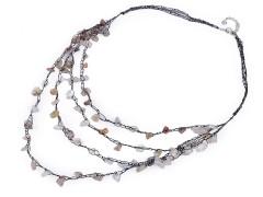 Horgolt nyakék ásványi kövekkel